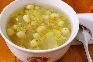 Cách nấu chè đậu xanh nha đam hạt sen giải nhiệt ngày hè