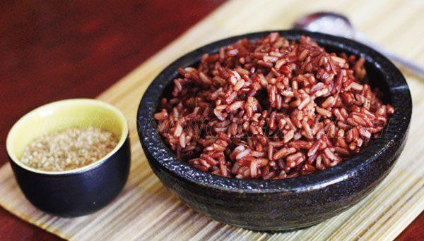 1 chén cơm gạo nứt chứa bao nhiêu calo