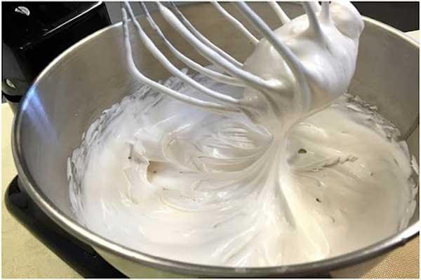 Cách làm bánh kem bằng nồi cơm điện