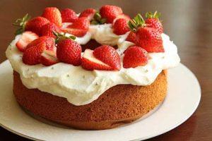 Cách làm bánh kem thơm ngon, đơn giản tại nhà