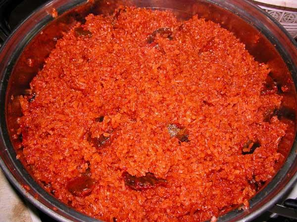 Cách thực hiện nấu xôi gấc đậu xanh nước cốt dừa