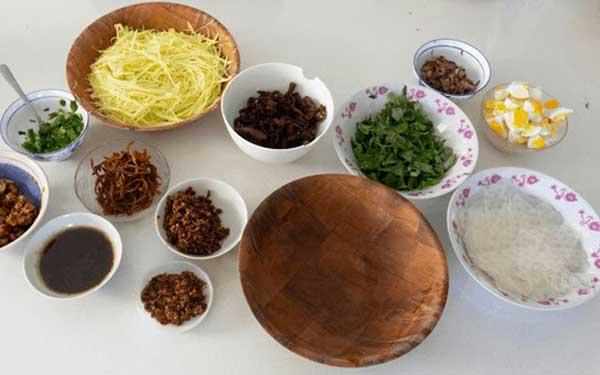 Cách làm bánh tráng trộn chấm